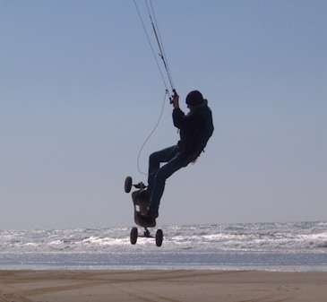 stage de kitesurf hourtin - le mountainboard